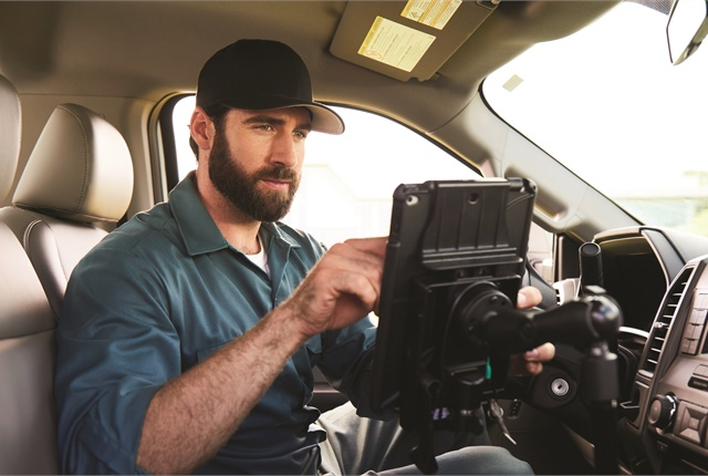 Verizon Connect's Workforce solution includes commercial-grade navigation, taking into account access and speed limitations placed on fleet vehicles and telling drivers where to enter each jobsite.