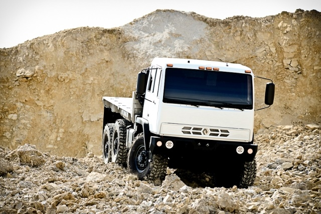 With the capabilities of military trucks and added creature comforts, the Monterra is available in either a 4x4 or 6x6 configuration. (Photo: Acela Truck Company)
