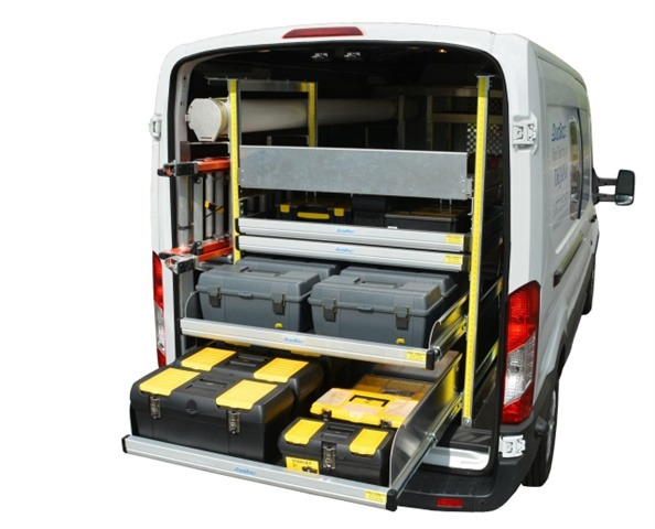 With a pull-out shelf, such as the Katerack or Durarac, Dejana provides drivers with a lightweight option for easy access to their tools and equipment. (PHOTO: Dejana)
