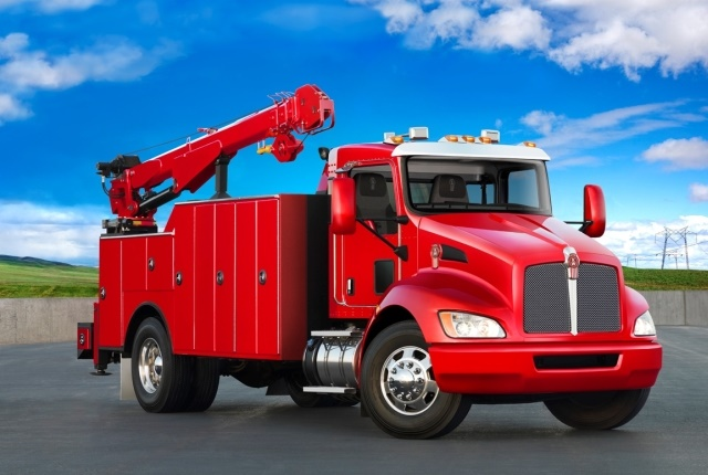 Kenworth's T370 now features Meritor heavy-duty axles. (Photo courtesy of Kenworth)