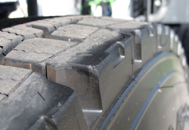 Mis-matched tires in a dual assembly must be the same pressure and diameter to avoid scrubbing wear.