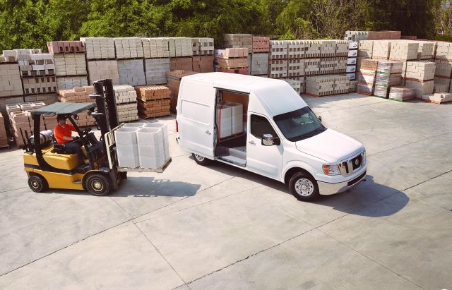 Photo of NV full-sie van courtesy of Nissan.
