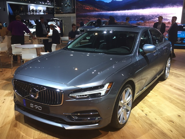 Photo of 2017 Volvo S90 by Paul Clinton.