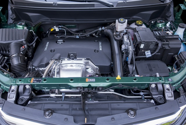 Photo of the 2.0L turbocharged engine by Vince Taroc.