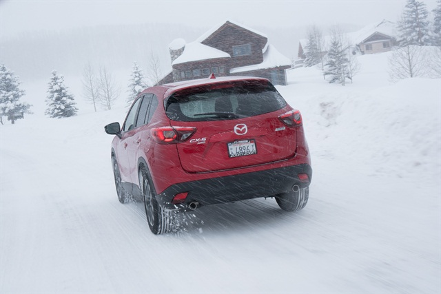 Wintery conditions allowed the i-ACTIV AWD system to provide a real-world demonstration of its capabilities. Photos courtesy of Mazda.