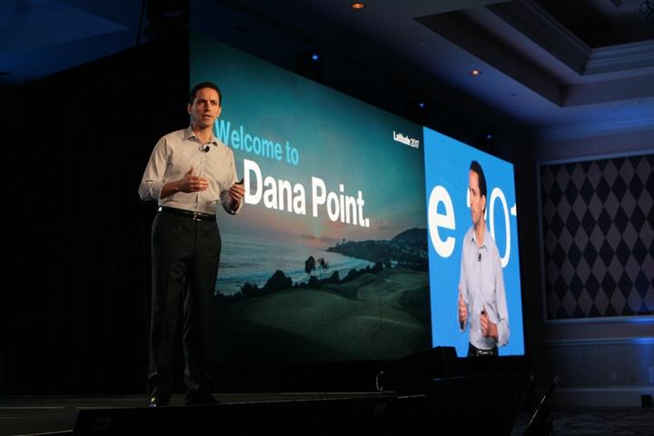 Andrés Irlando, Verizon Telematics CEO, speaks at the 2017