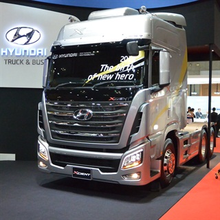 On display at the Tokyo Motor Show in 2013 was the new Hyundai XCient, launched into the South Korean market. Photo by Sven-Erik Lindstrand.