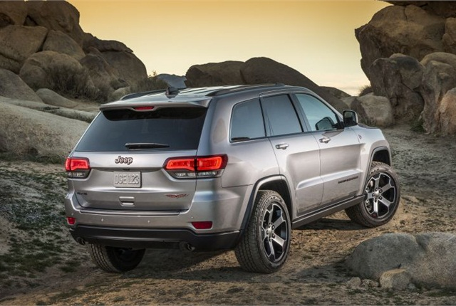 Photo of 2017 Jeep Grand Cherokee Trailhawk courtesy of FCA US.