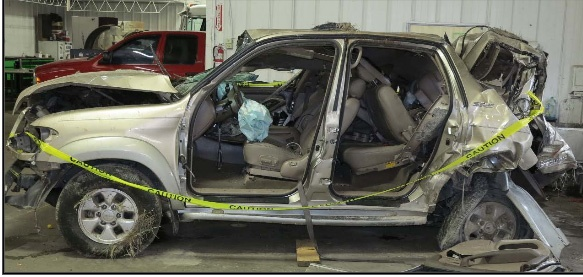 The NTSB said the SUV was overloaded and had mechanical problems causing it to travel at only around 40 mph. Photo: NTSB