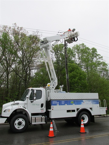 Oak Ridge Electric Department is one of the latest to receive one the plug-in hybrid eletric bucket trucks through the grant.