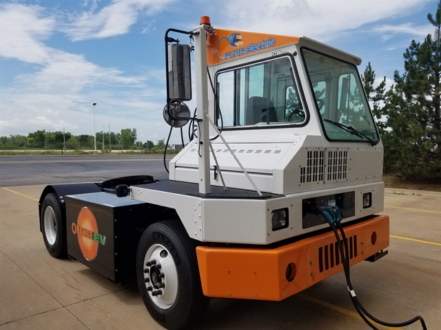 Orange EV's terminal truck. (Photo courtesy of Orange EV).