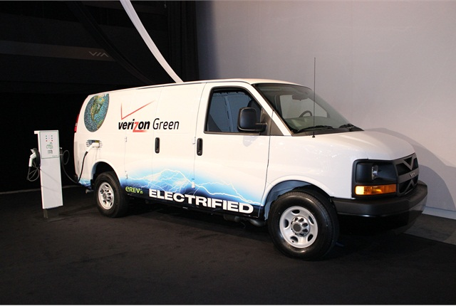 VIA developed and built the van, based on Verizon's direction and fleet concepts, and expects it to achieve 100 miles per gallon with near zero emissions.