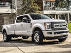 Photo of the F-450 Limited trim courtesy of Ford.
