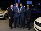 (L-R) Hau Thai-Tang, Group vice president, Global Purchasing, Ford; Marc Althen, president, Penske Logistics; Mark Fields, COO, Ford; and Raj Nair, Group vice president, Global Product Development, Ford.