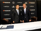 Hankook Tire Vice Chairman & CEO Seung Hwa Suh (left) and State of Tennessee Governor Bill Haslam.