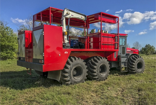 <p><em>The AMT is designed to accept a wide array of standard and customizable attachments. Available configurations include a bare chassis, flatbed, water tank, fuel tank, dump bed, service and lube station, and more. (Photo courtesy of ARDCO)</em></p>
