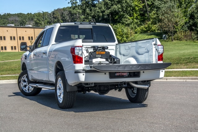 <p><em>Photo of CURT 5th Wheel Legs for Nissan Titan XD courtesy of CURT Group.</em></p>