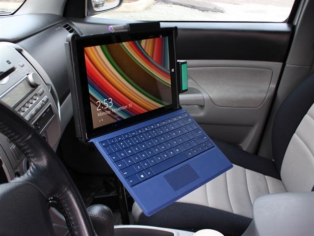 Surface Pro  Car Docking Station