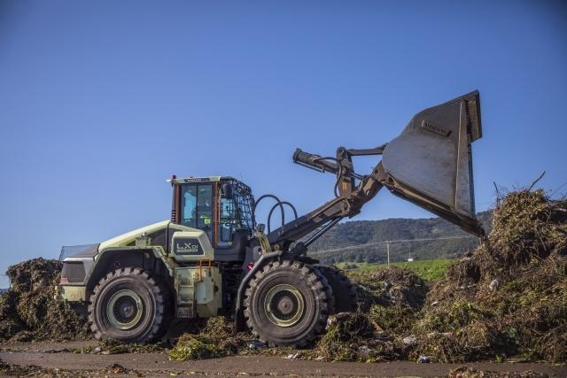 <p><em>Image of Hybrid Wheel Loader courtesy of Volvo Construction Equipment</em></p>